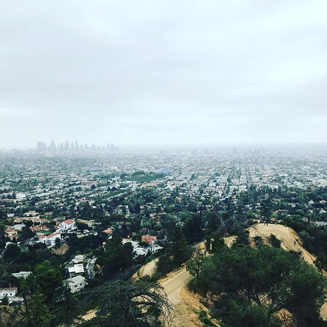 Cloudy LA vibes w/ @katieshiney